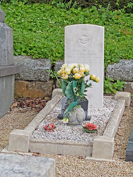 Cimetière de La Forest : Tombe de James Francis John SHERIDAN