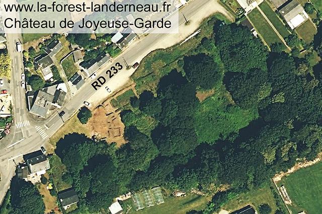 Vue satellite du site de Joyeuse-Garde