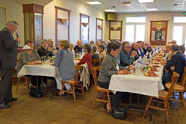 La Forest-Landerneau - Repas des Séniors 2015