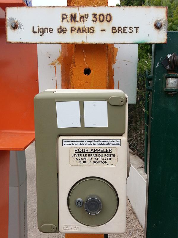 Téléphone d'urgence PN300 La Forest-Landerneau